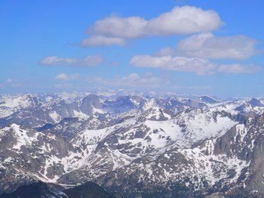 Big Sandy Trailhead: Skiing Temple Peak
